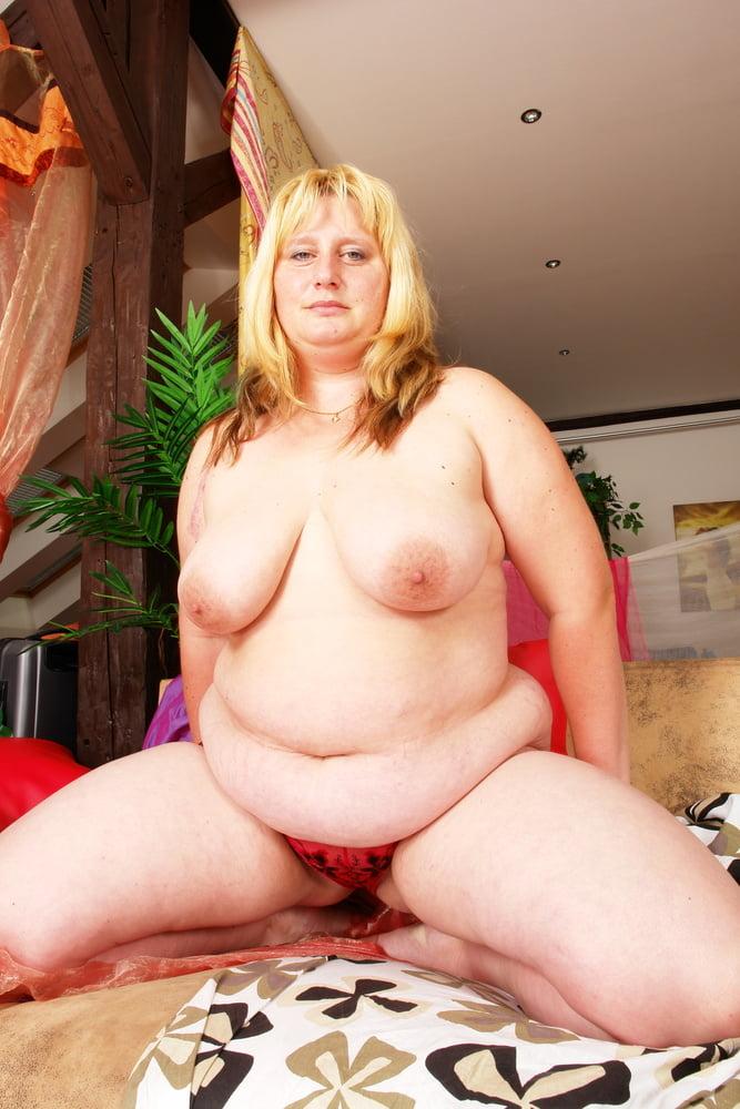 Lesbian seduces lesbian-6573