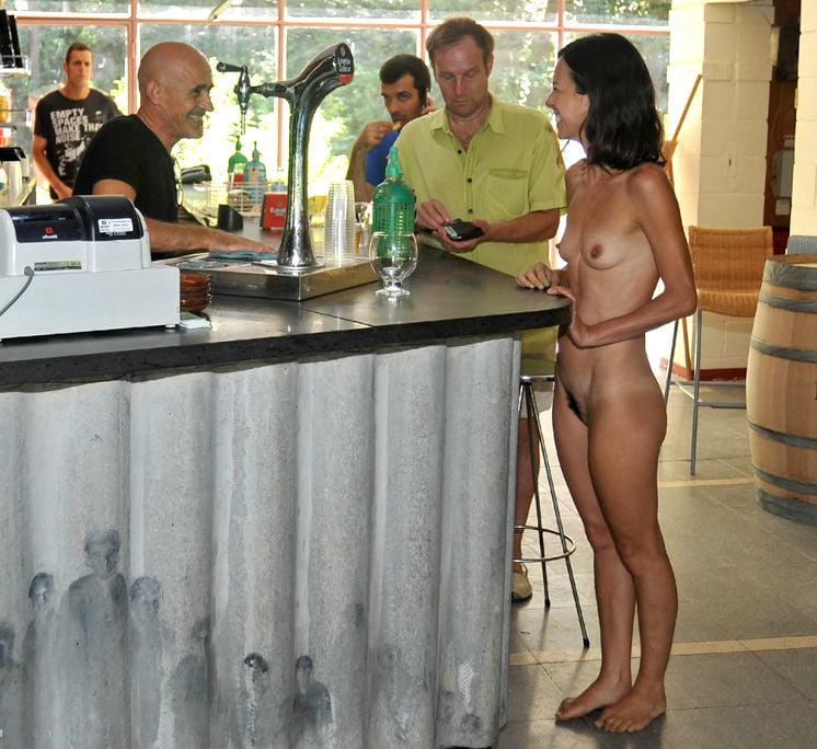 Enf nude party