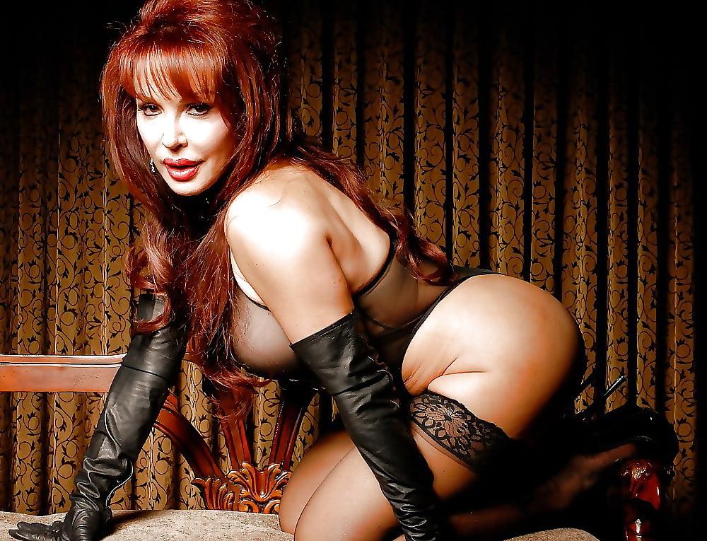 Vanessa hudgens black swimsuit back heels sexy full modeling photo