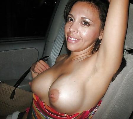 East coast milf nayara masturbating and cumming in a car - 1 part 1