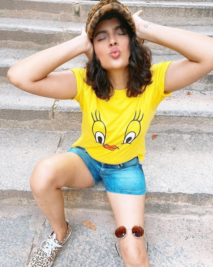 Nandita Swetha - 6 Pics