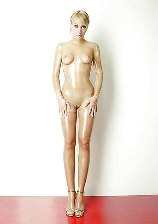 Most beautiful nude actress