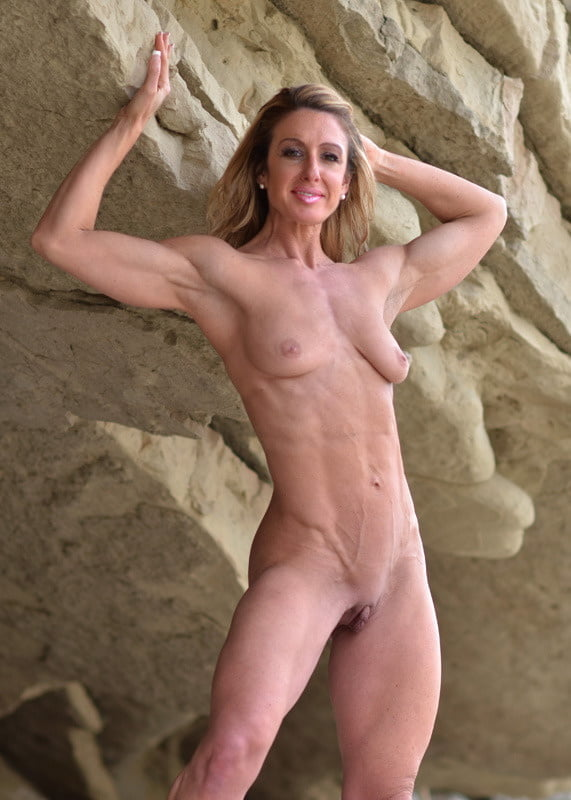 Mature fit women naked #7