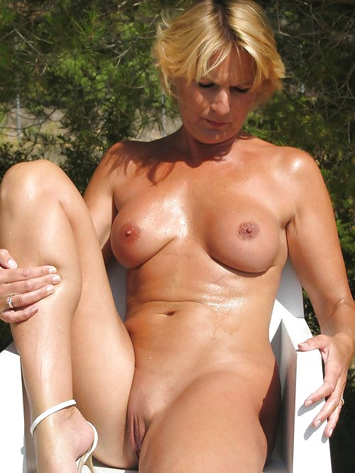 Tiny pussy first time lesbian