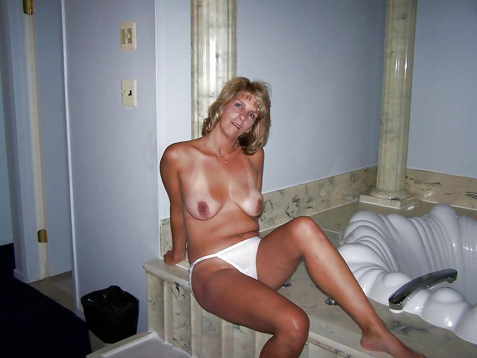 Best Mature Amateur Ladies Wearing White Panties 9-Pix Mix -4770