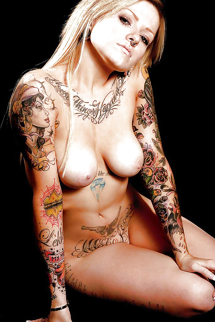 inked-and-nude-females