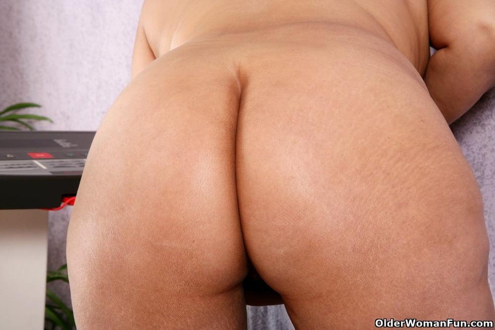 USA mature milfs from OlderWomanFun