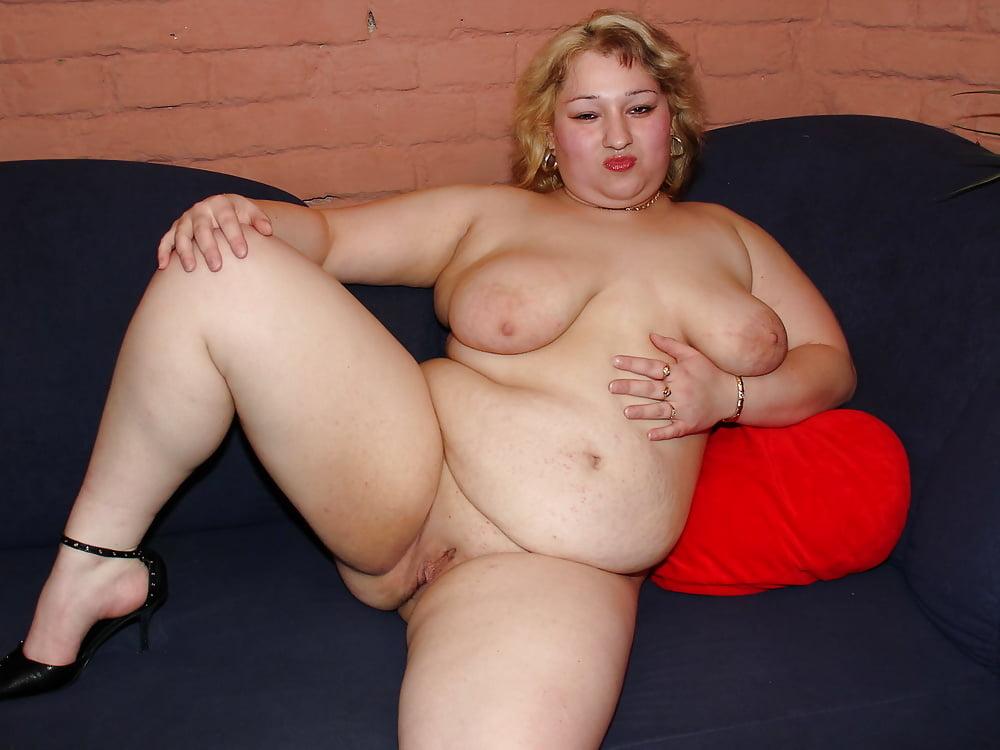 Chubby Mature Nude Selfies