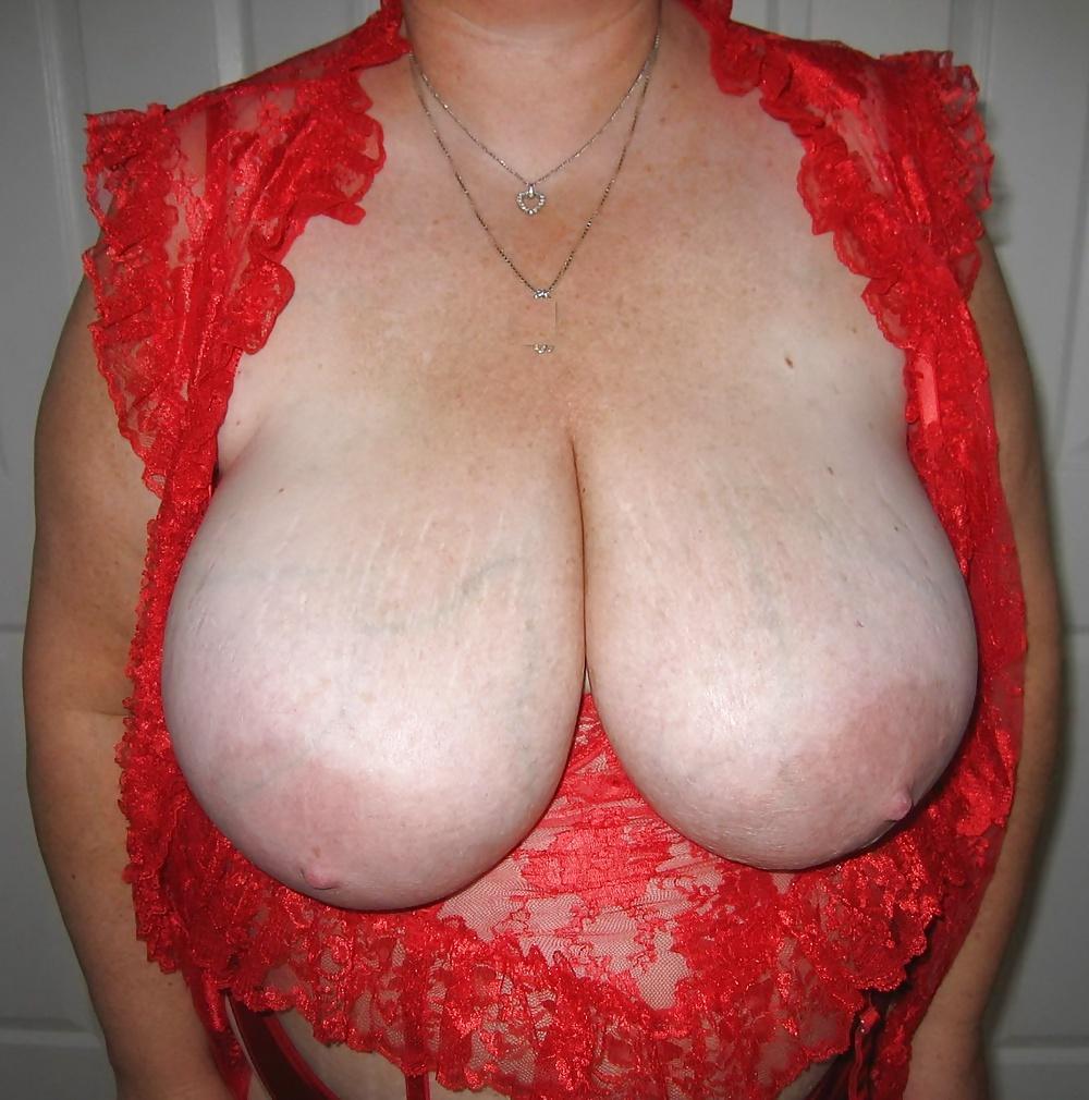 Skinny big tits gallery