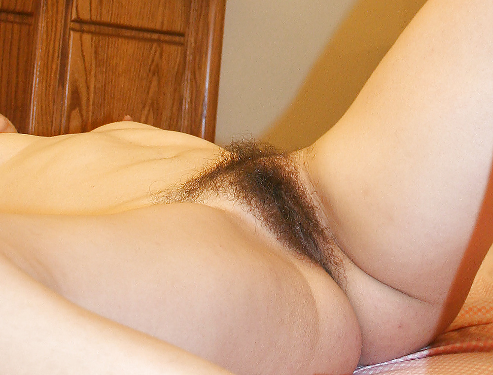 home-made-my-girlfriend-hairy-vigina-game-pussy
