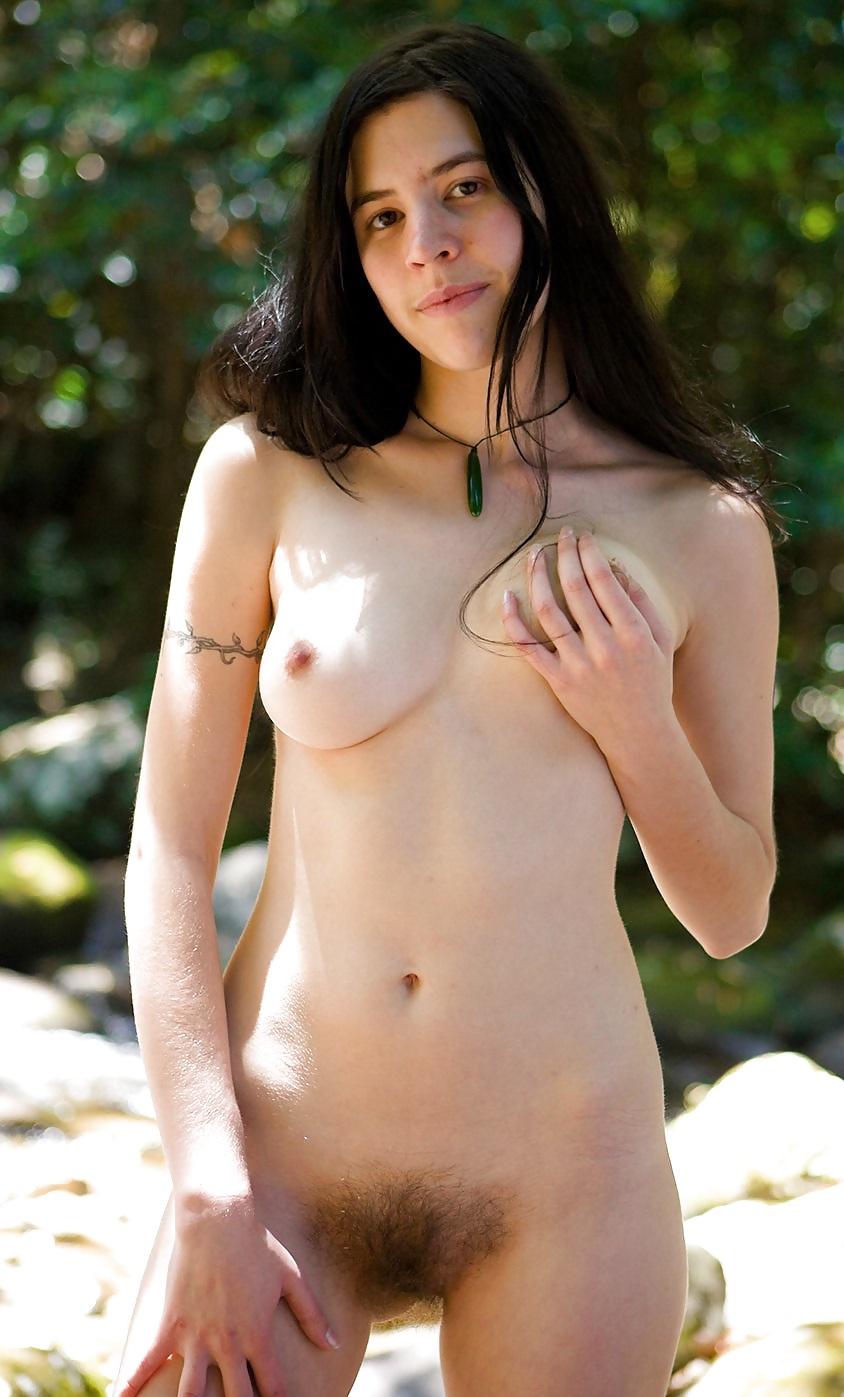 Young Australian Girls Nude