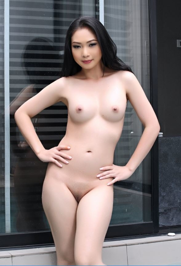 Angelina lee nude