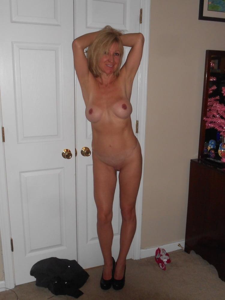 free-milf-posted-daily-anastasia-christensen-naked