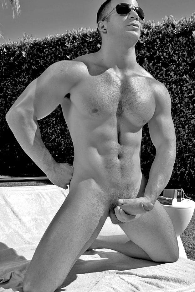 Pics naked hot guys Gay Porn