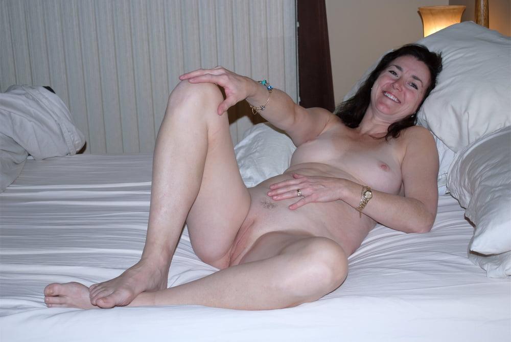 Fake sexyest naked mom wants fuck