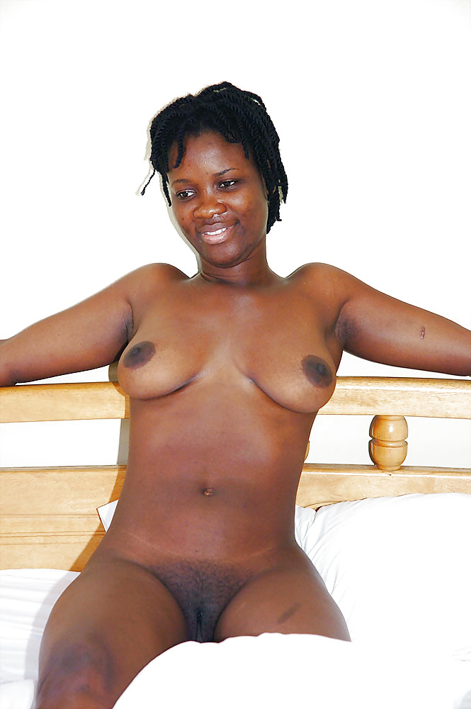 Ghana girls strips naked on internet — photo 8