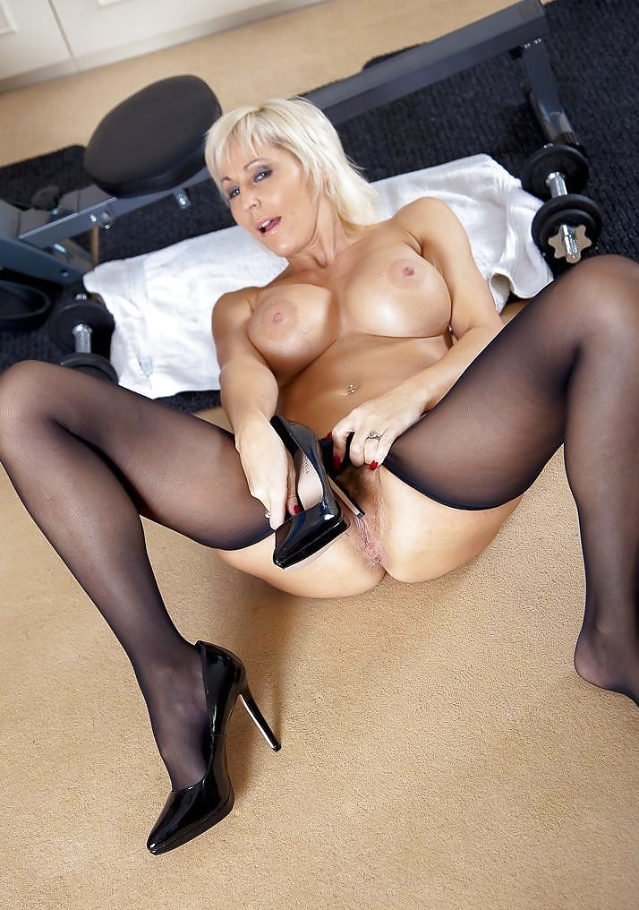 Mature in stockings porn tube 4