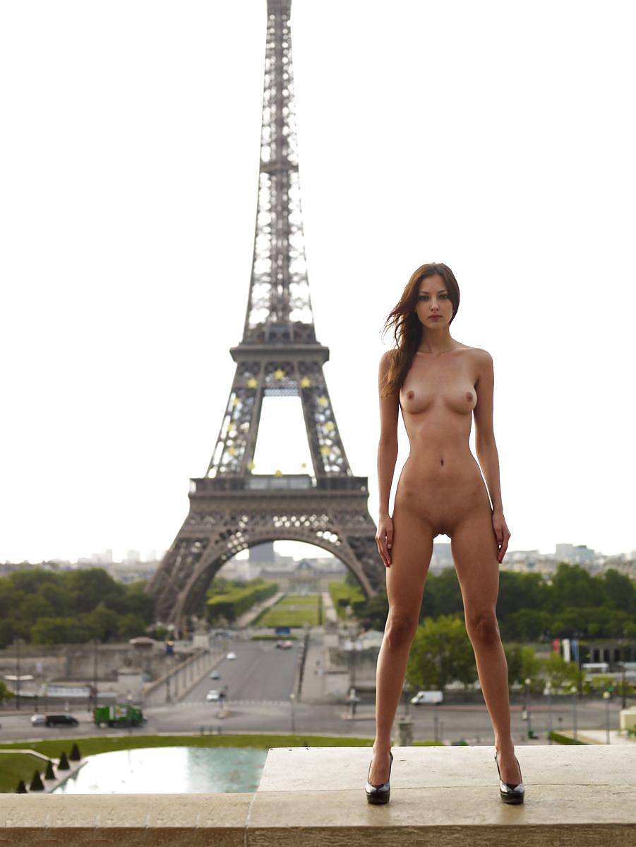 Paris hilton naked porn pics