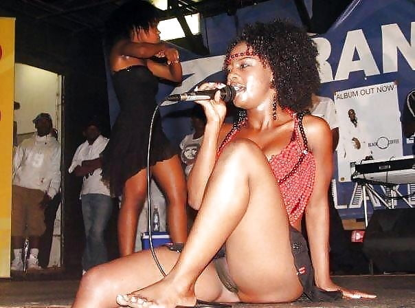 Unknown Curvy Black Women 25 - 55 Pics