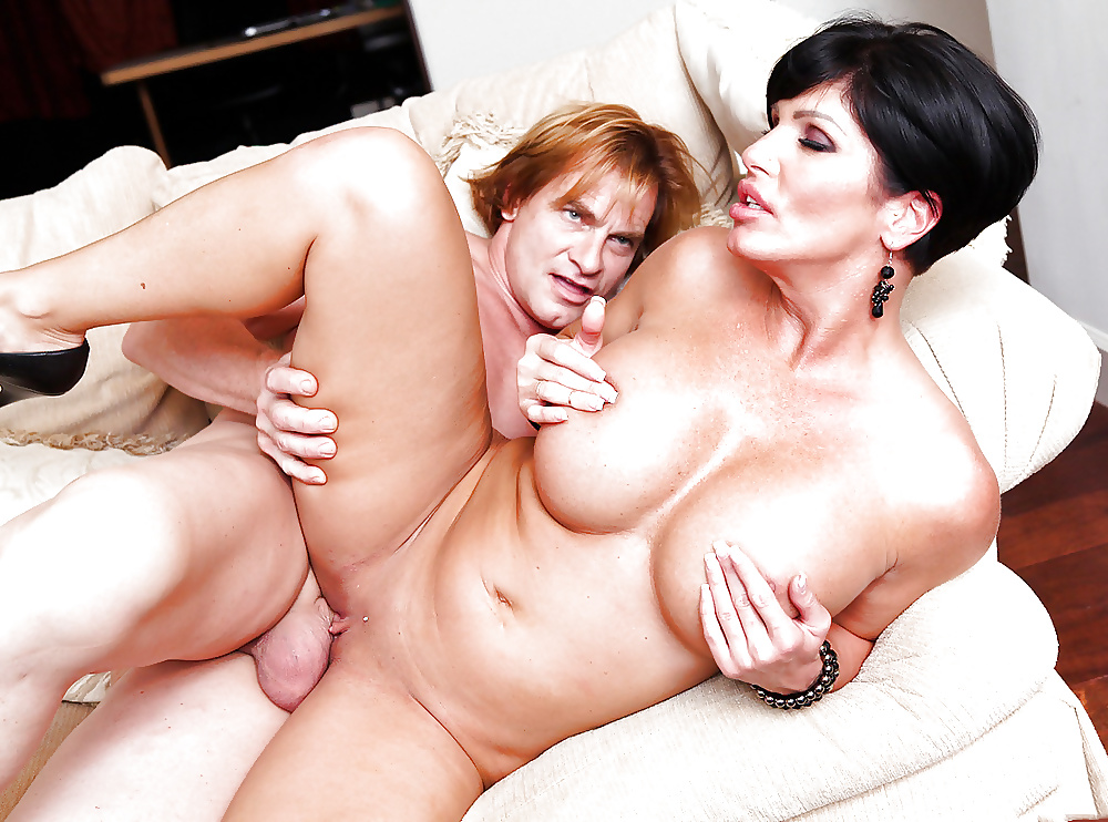 Mom And Son Free Porn Pics