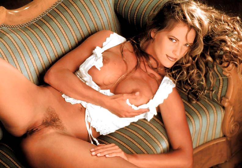 Samantha Phillips  nackt