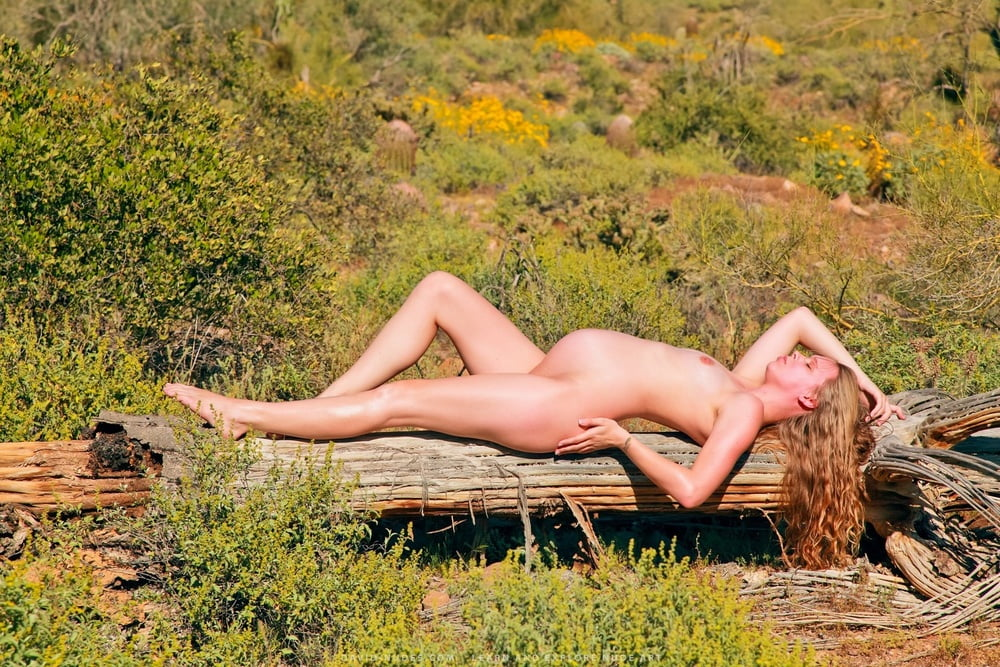 Anna Popplewell Naked