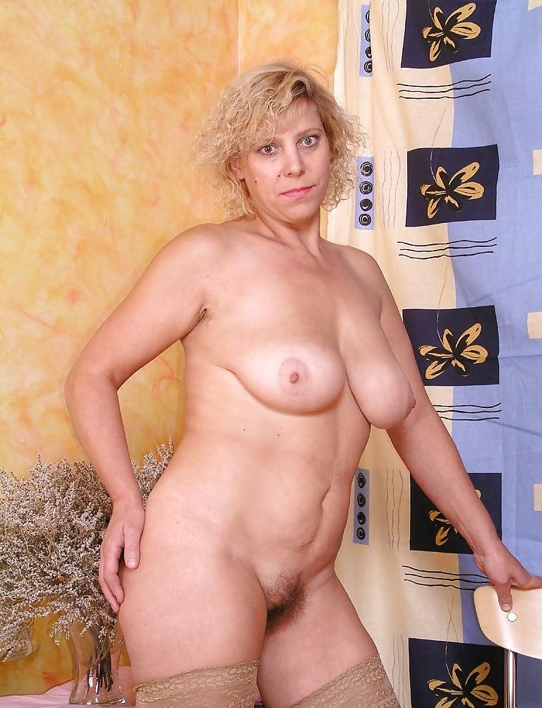 смотреть голый фото женщин в бальзаковского возраста - 4