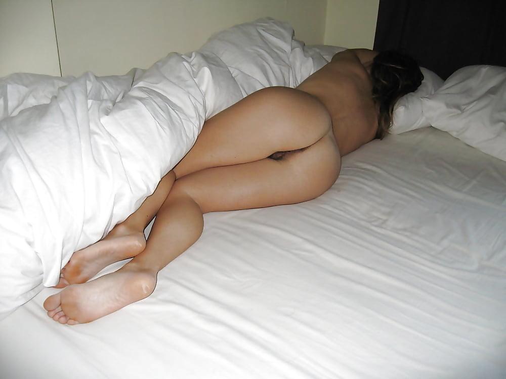 Pics of girls sleeping naked
