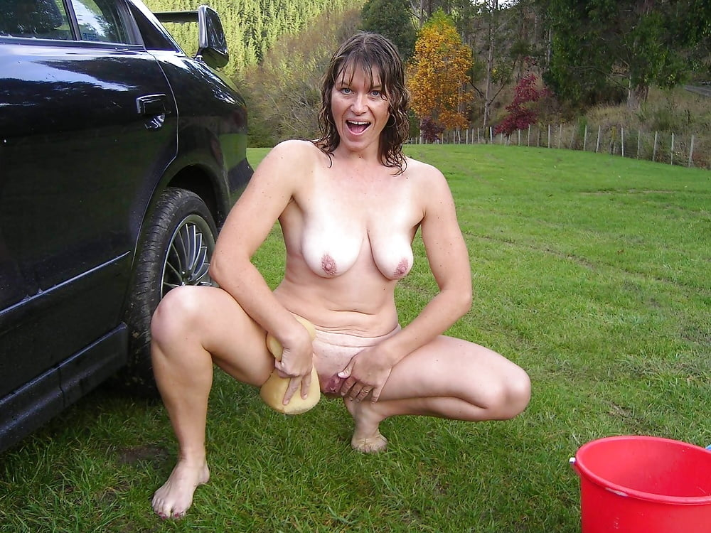 pictures-of-naked-wife-outdoors