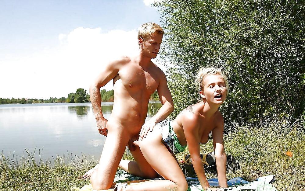 Индивидуалки порно русских девчонок у озера