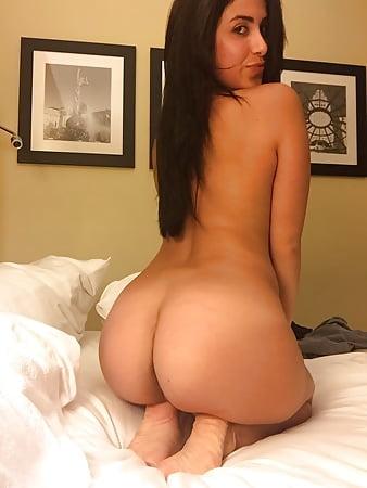 Mature latina ass and tits