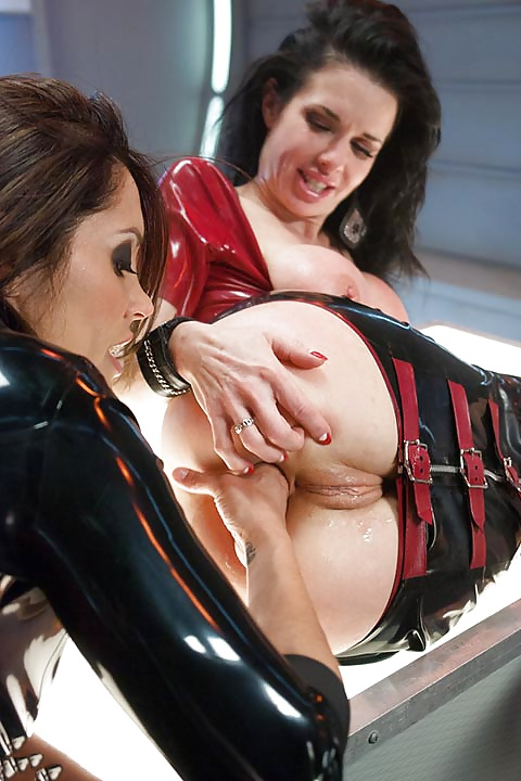 Veronica Avluv In Sexy Latex Corset Posing For Your Pleasure Analized 1