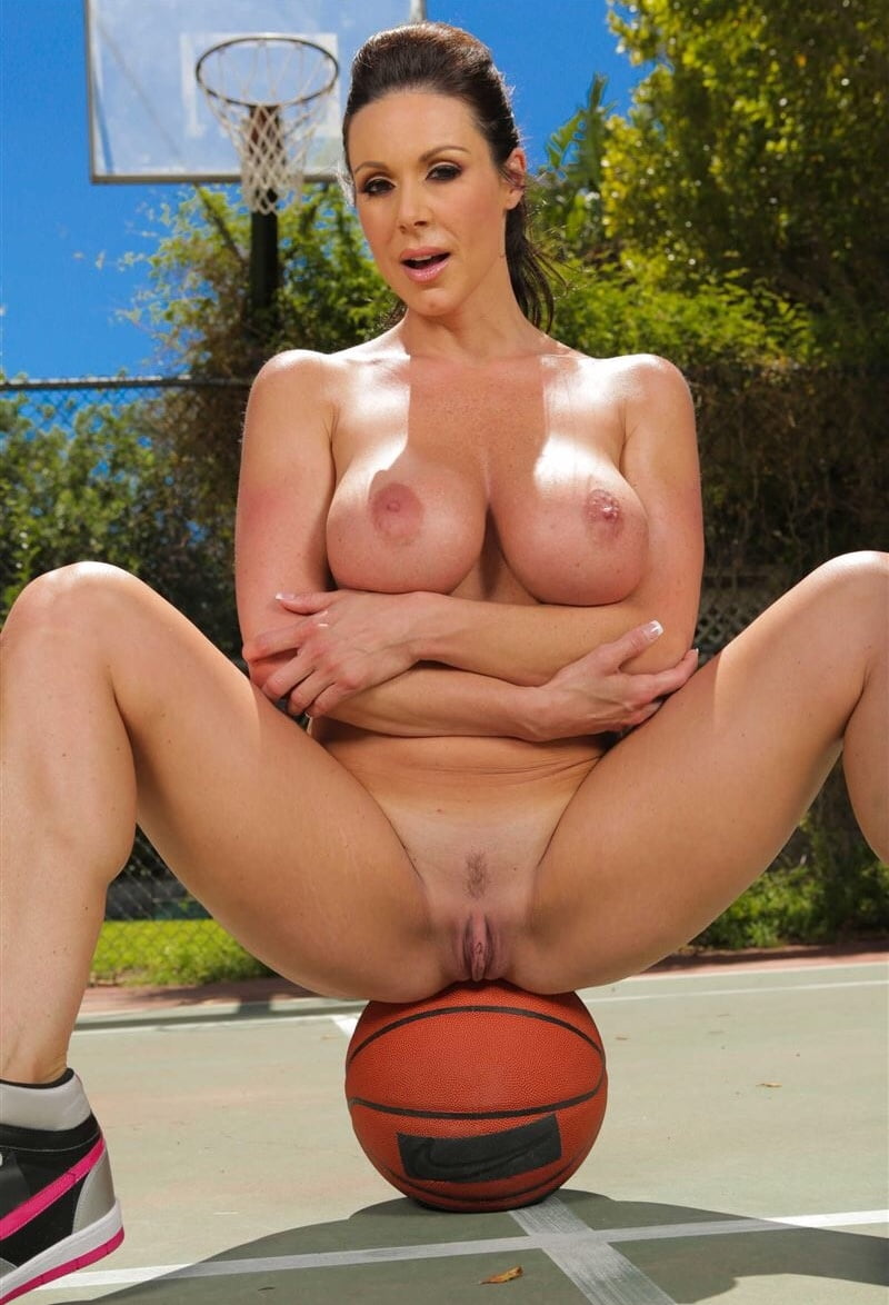 Basketball boobs naked, photos onani girl