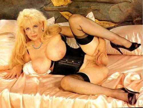 Lorali Hart  nackt