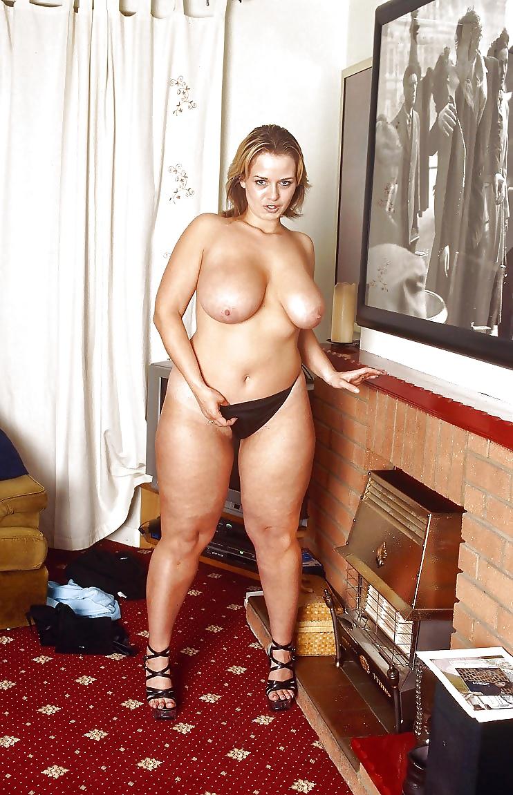 Фото голых зрелых пухленьких женщин — photo 1