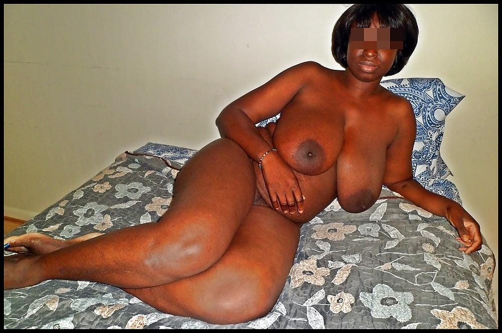 girls Nigerian busty