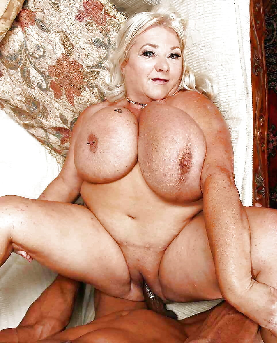 Porn clips Big tits big dick threesome