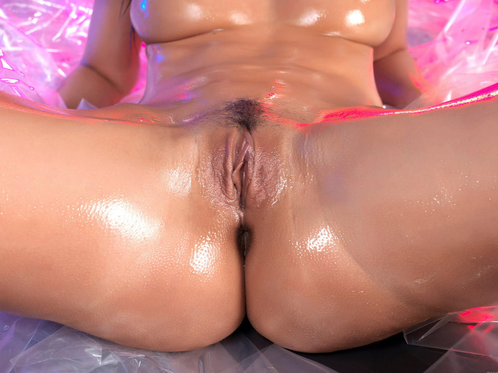 Wet And Wild Pussy Licked And Fingered By My Ex Lover