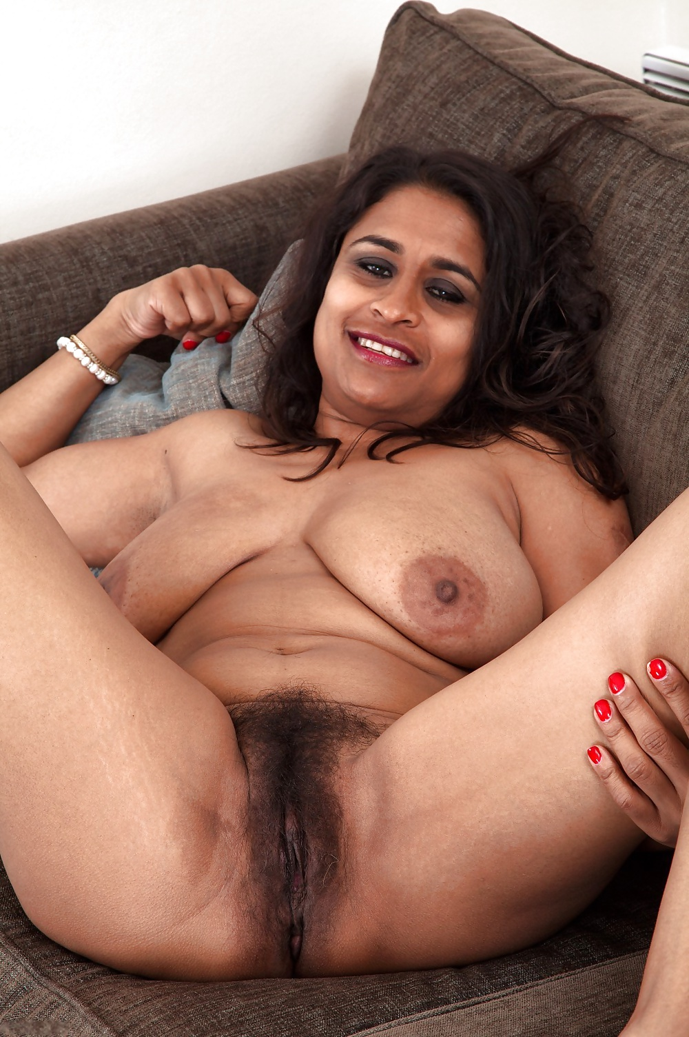 virginity-free-porn-images-of-indian-moms