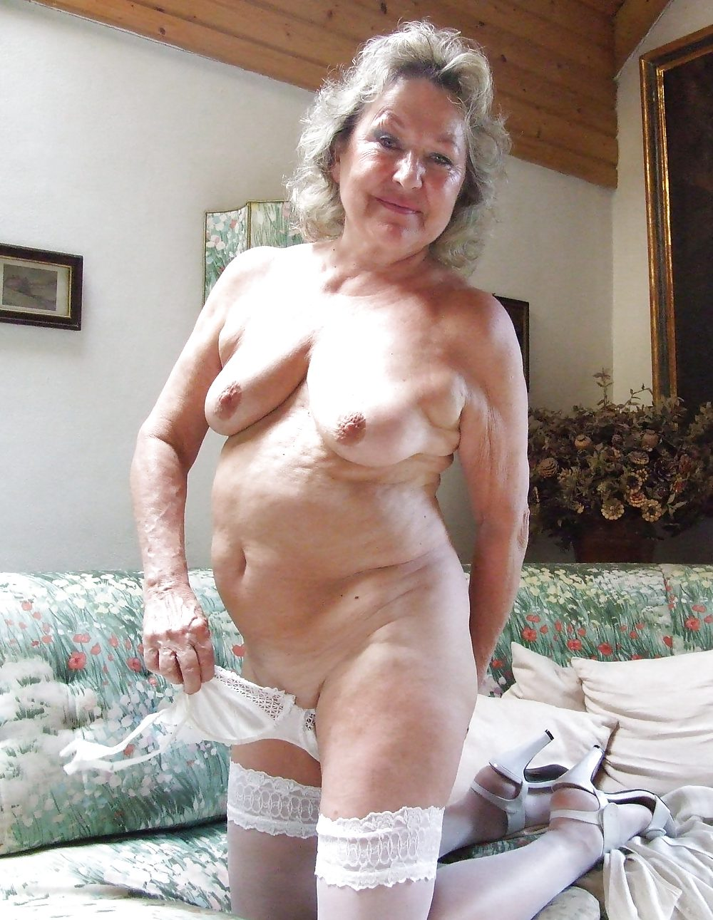 grannies-posing-naked-how-to-download-from-pornhub