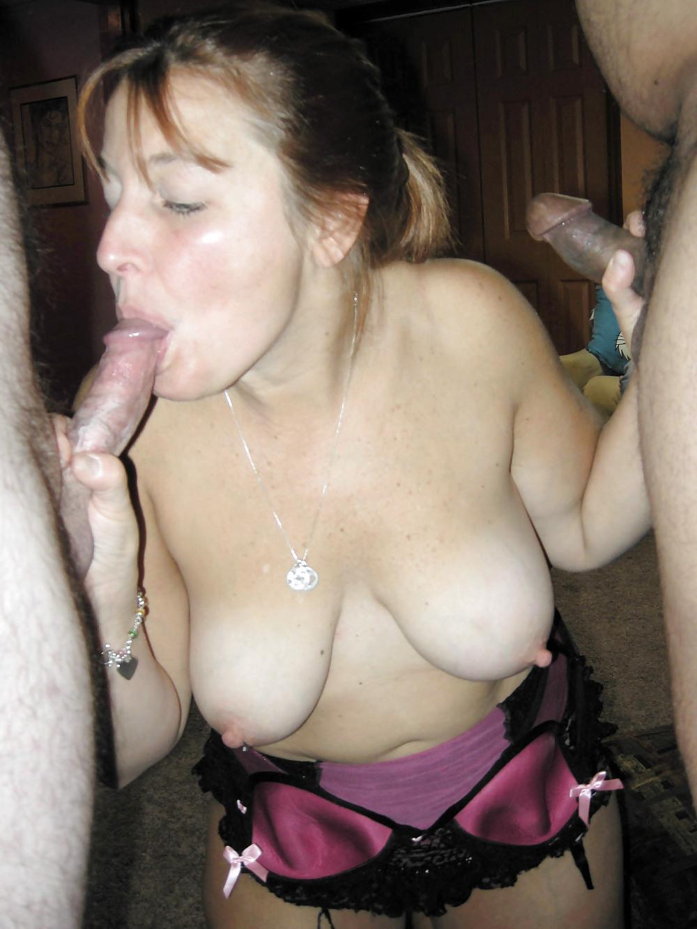 porno-lyubiteli-sosat-siski