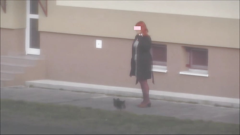 Liza red head in strumpfhosen high heels
