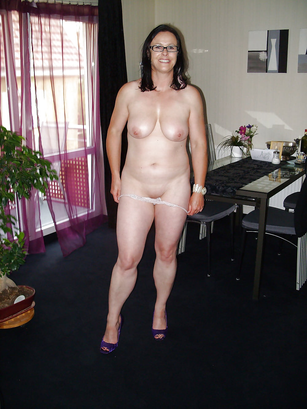 mature-saggy-wife