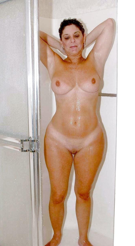 Huge hips women naked
