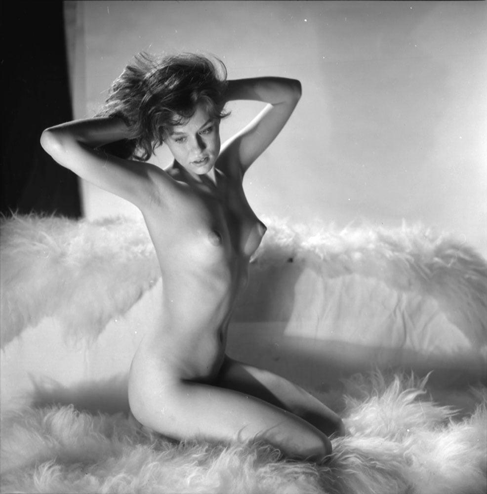 Lauren hutton nude fakes