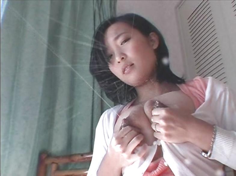 Vouyer tube peeing