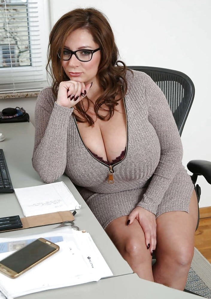 mature-big-breasts-office-free-video-young