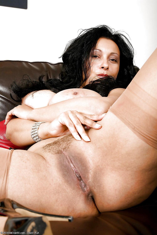 порно брюнеток полных со шрамом - 4