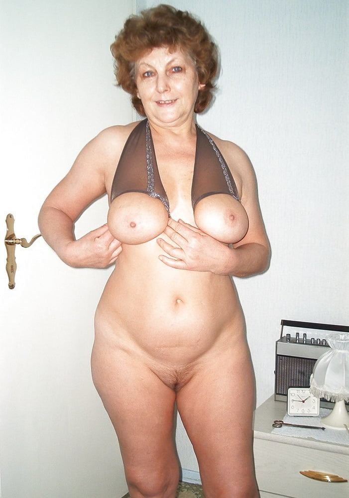 monica-mature-nude-huge-enormous-cumshot
