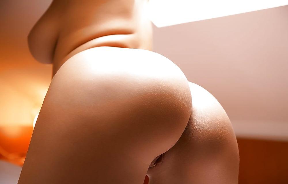 Попы голые галерея, ночной порно сайт интим
